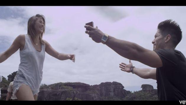 Revive la espectacular pedida de mano de Chyno Miranda al ritmo de su último tema [VIDEO]