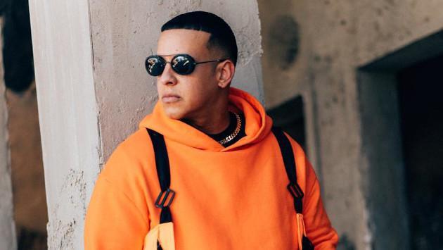 Daddy Yankee supera a Mariah Carey en Navidad