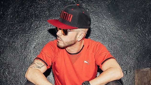 El toque reggaetonero de Yandel llegará al Carnaval Crucita en Ecuador