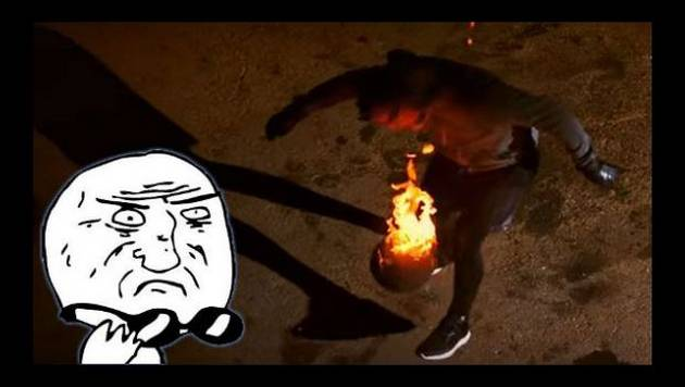 ¡Alucinante! Mira esta demostración de 'freestyle', ¡con pelota en llamas!