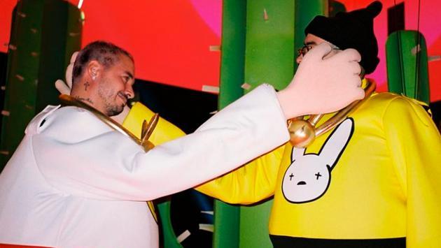 J Balvin saludó a Bad Bunny por su cumpleaños con divertidas fotografías