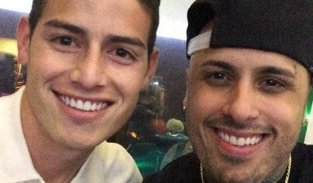 Nicky Jam hace 'perrear' a James Rodriguez
