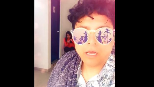 ¡Jojojonathan quedó sorprendido al llegar a cabina! [VIDEO]