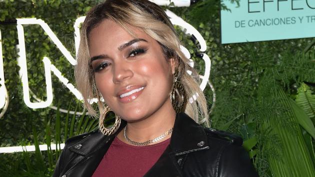 Karol G recibió disco de oro en Perú por 'Créeme' y platino por 'Culpables'