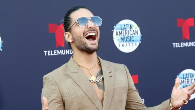La reacción de Maluma ante los memes por su cambio de look