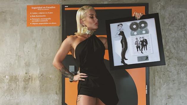 Leslie Shaw alcanzó cuádruple Disco de Platino con 'Faldita'