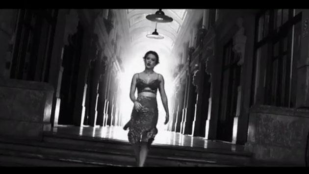 Leslie Shaw muestra adelanto de su nuevo tema 'Si me ves con alguien' [VIDEO]