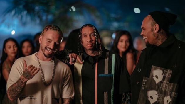 Los fanáticos de J Balvin rechazan colaboración con Chris Brown