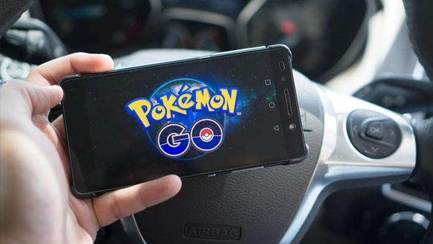Mala noticia para quienes jugaban 'Pokémon GO' en el auto, el bus o el tren