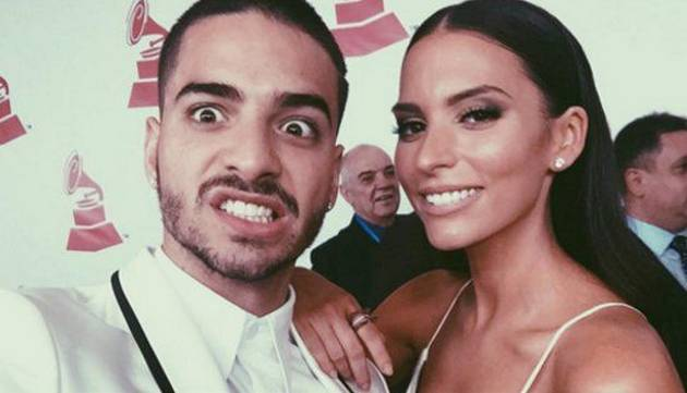 ¿Maluma enamorado? Entérate qué actriz habría robado su corazón en los Latin Grammys 2015