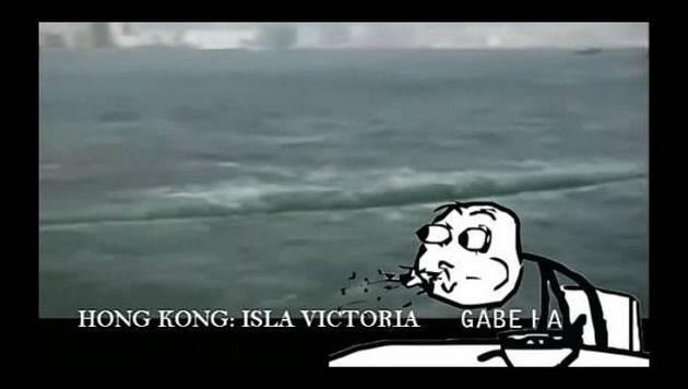 ¡Navegante capta cómo el mar se abre en dos! [VIDEO]