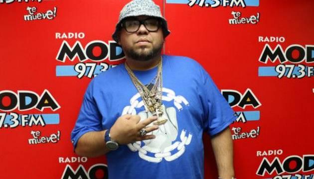 Ñejo visitó la cabina de Radio Moda ¡Chequea la entrevista!