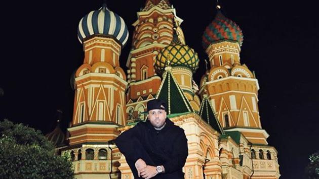 Nicky Jam llegó a Rusia para alistar su presentación en la clausura del Mundial