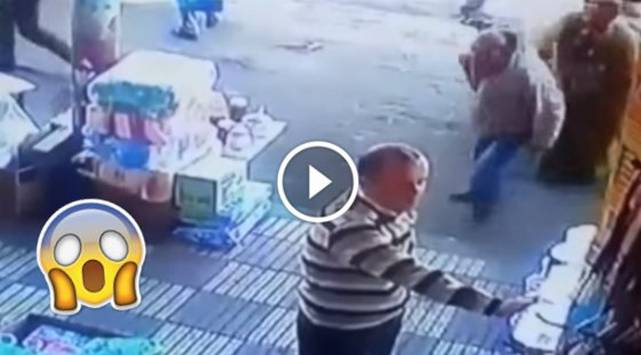 Este hombre recibió paliza por faltarle el respeto a una mujer