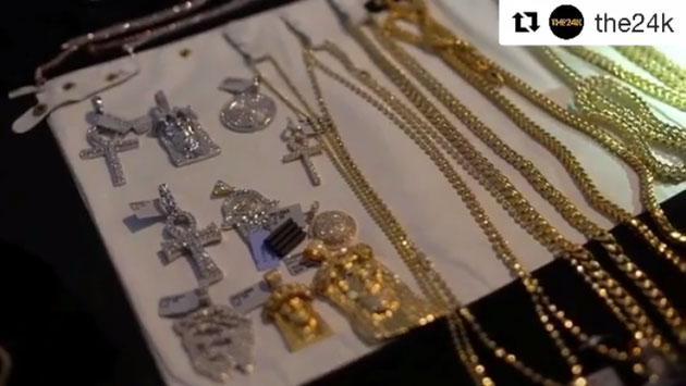 Quédate asombrado con Wisin y todas las joyas que posee [FOTOS Y VIDEO]