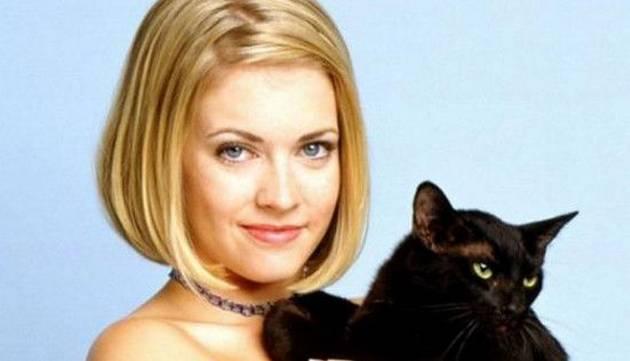 Mira cómo luce hoy 'Sabrina, la bruja adolescente'