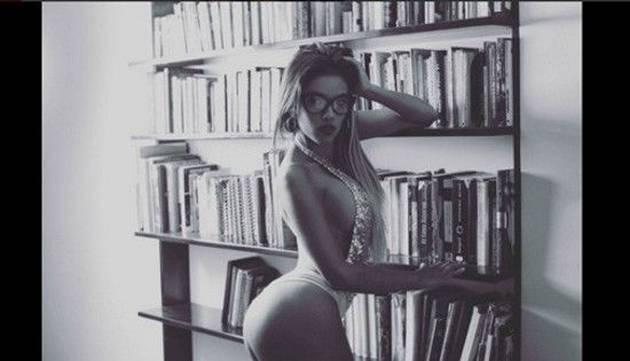 Shirley Arica y sus sensuales fotos en el jacuzzi