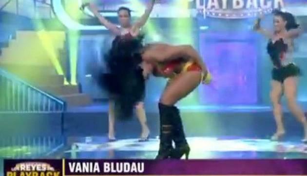 Vania Bludau se convierte en un bombón asesino con esta imitación
