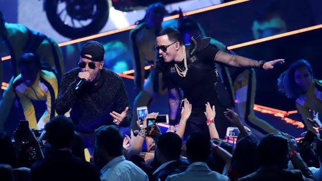 Wisin y Yandel lanzan 'Duele' con Reik