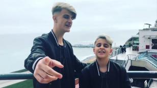 Adexe & Nau se pasean por Lima antes de firma de autógrafos con Moda [VIDEOS]