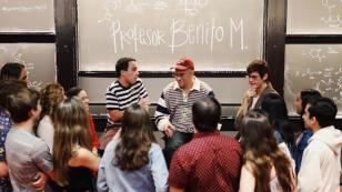 Bad Bunny ofreció charla a más de 300 alumnos en la Universidad de Harvard