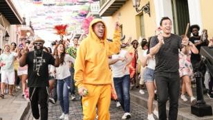 Bad Bunny realizó musical en las calles de Puerto Rico