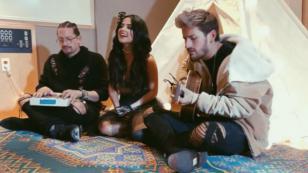 ¿Ya escuchaste cantar a Becky G 'Mi mala' y 'Mayores' junto Mau y Ricky?