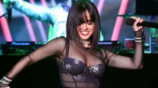 Becky G sorprende realizando coreografía de 'X' (Equis)
