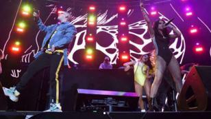 Becky G y Bad Bunny encendieron la noche en el Calibash con 'Mayores'