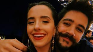 Camilo y Evaluna celebran 4 años y 8 meses de relación en el mar