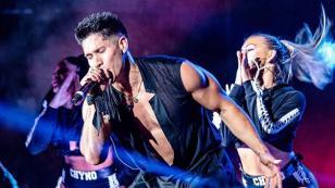 Chyno Miranda celebró su primer año como solista con Disco de Platino