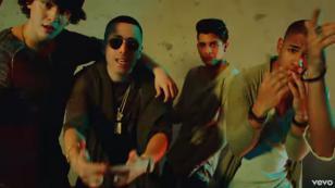 CNCO y Yandel celebran otra cifra récord de 'Hey DJ'