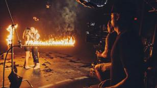 Farruko reveló fotos del detrás de cámaras de 'Don't Let Go'