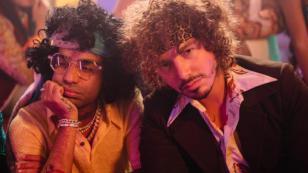 J Balvin y Arcángel estrenan video retro de 'Corte, porte y elegancia'