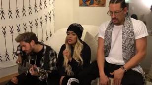 Karol G cantó versión acústica de 'Mi mala' junto a hijos de Ricardo Montaner