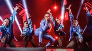 Karol G hizo cantar en español a Nicki Minaj en 'Tusa', su nuevo lanzamiento musical
