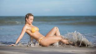Leslie Shaw sorprende a sus seguidores con fotografías en bikini [FOTOS]
