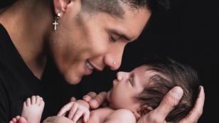 Lo bueno y lo malo de ser papá primerizo según Chyno Miranda