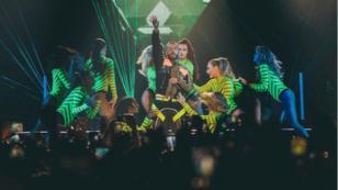 Maluma causa furor con baile al ritmo de 'Instinto natural'