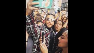 Así fue recibido Maluma en las calles de Milán [VIDEO]