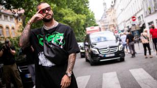 Maluma comparte con esta súper modelo en la Semana de la Moda en París