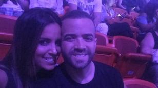 Nacho subió al escenario a su esposa y recordó cómo fue su flechazo de amor
