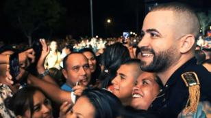 El noble gesto que tuvo Nacho con fanático venezolano