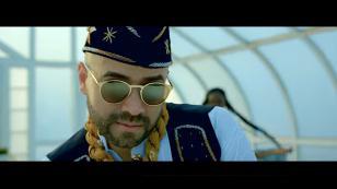 Nacho volvió a lanzar el videoclip de 'Uh la la'