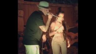 Nicky Jam se mandó con esta nueva versión de 'El amante' durante viaje a Grecia [VIDEO]