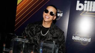 Oprah posó para sesión fotográfica con tema de Daddy Yankee