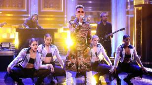 Ozuna cantó 'Taki taki' en The Tonight Show de Jimmy Fallon