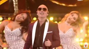 Pitbull estrenó 'Por favor' en los Latin AMAS 2017