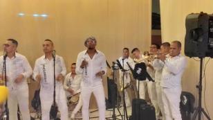 Zaperoko compartió su interpretación en vivo en procesión del Señor de los Milagros