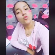 Marianita les manda muchos besitos [VIDEO]